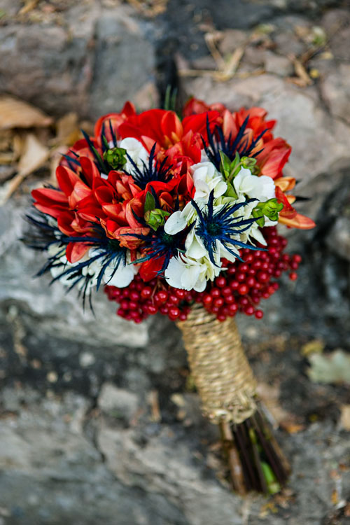 red berry bouquet blue white