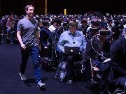 还把Facebook当社交网络?它已变成在线世界的新门户
