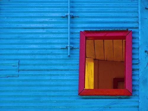 Luôn mở cửa sổ trong khi ngủ để cho phòng ngủ được thông thoáng.