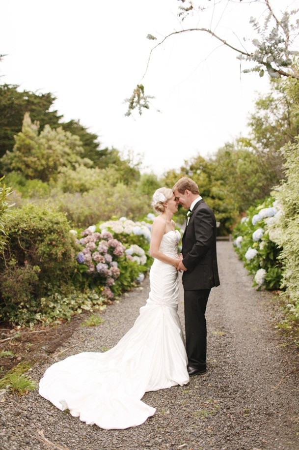 Classic Black and White Inspiration from New Zealand - 26 beautiful new zealand wedding