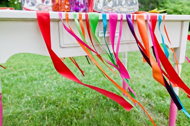 -colored ribbon photoshoot wedding