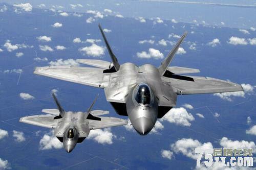 专家:美多款高端战机部署冲绳 可覆盖钓鱼岛