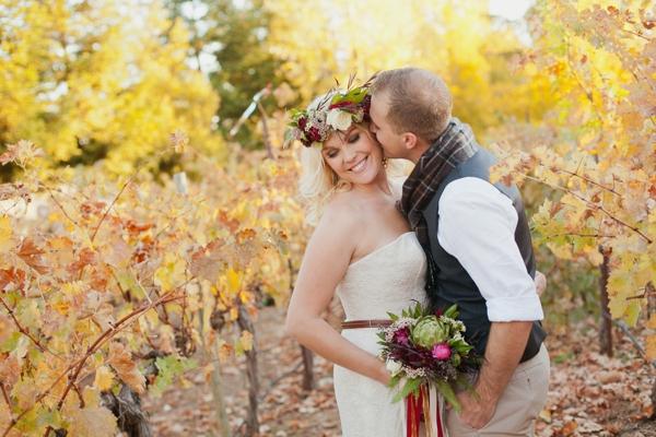 rustic-christmas-wedding-ideas-vineyard