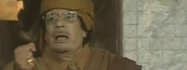 Muammar Kaddafi przemawia do Libijczyków
