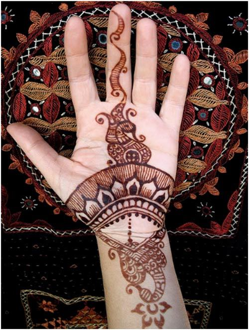 Simple wedding design for henna 2015