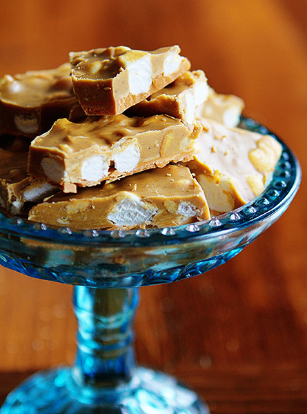 Butterscotch Peanut Butter & Marshmallow Chocolate Bark!