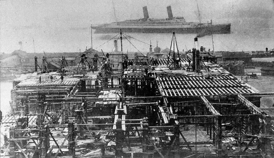 construction of the Liver Building