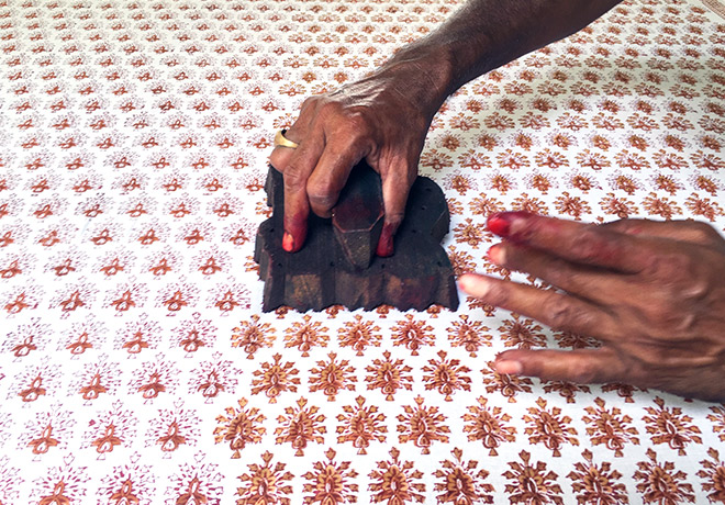 Absolute_Travel_India_Shopping_blockprinting_hands