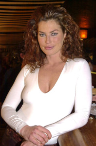 carre_otis_at_a_party-8808