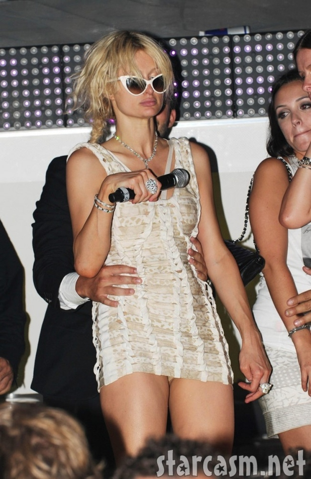 Paris Hilton -21 Stars Who Lost Their Dignity By Being Overly Drunk