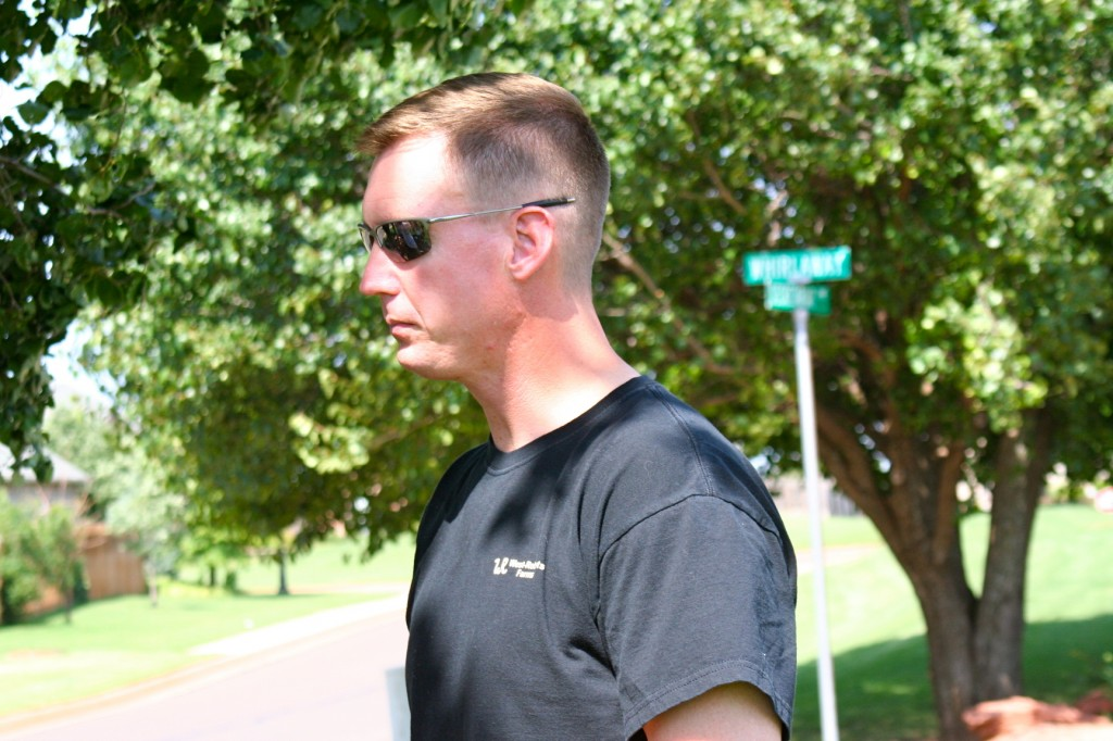 See that street sign behind Clint's head? Only because I trimmed the tree. Here to serve, people. I'm here to serve.