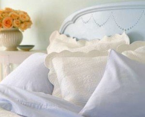 easy way to clean pillows