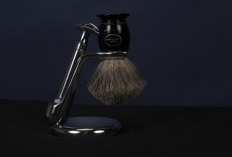 shaving-stand-exclusive