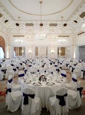 Gundel Restaurant in Budapest Elisabeth ball room Erzsébet bálterem