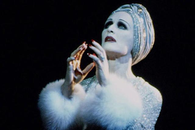 Innerplace Recommended Venue Sunset Boulevard, starring Glenn Close