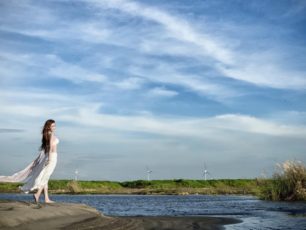 淡雅ppt背景女孩,海边,自然,唯美