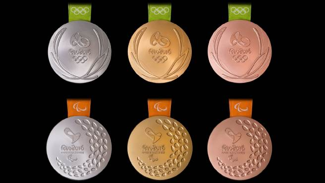 2,488 medals were produced for the Olympic Games. For the Paralympic Games 2,642 were made, each of them with a device inside, producing different sounds depending on whether gold, silver or bronze.