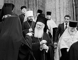 Константинопольская церковь – не самая многочисленная, но не забывшая о византийском величии. Недоброжелатели Вселенского патриарха Варфоломея подозревают его в «восточном папизме»