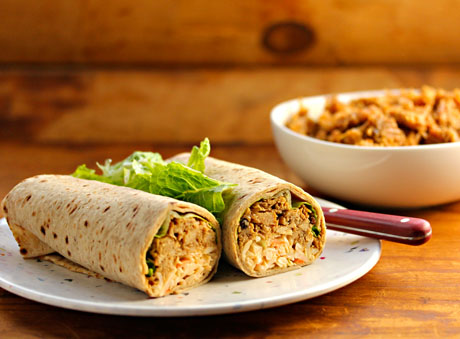 slow-cooker-chipotle-pulled-chicken-rollups
