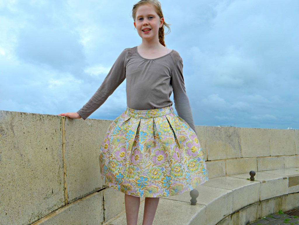 a-line skirt, monsoon, beautiful print, floral, pastel, gold, stitching, detailing, seaside, beautiful girl, style, fashion, imeverymum