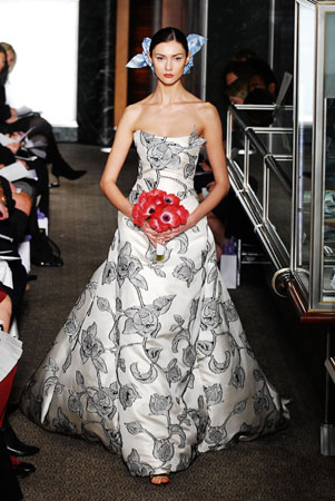 Spring 2010 Bridal Collection Carolina Herrera