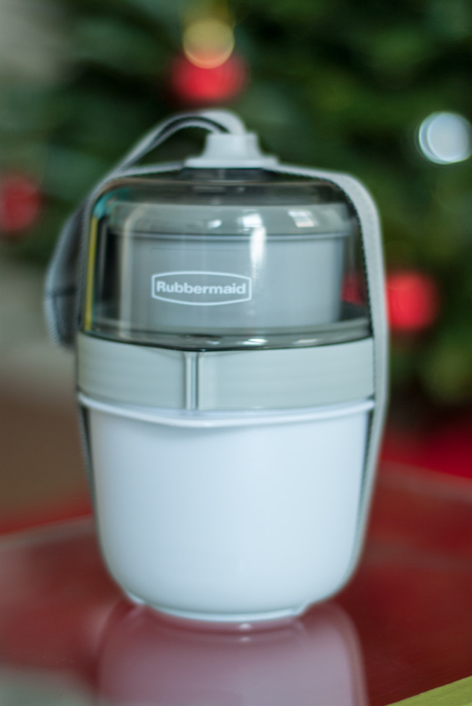 3 Holiday Travel Hacks with Rubbermaid fasten + go soup kit
