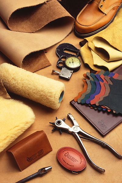 Cách chọn da làm ví da handmade nam