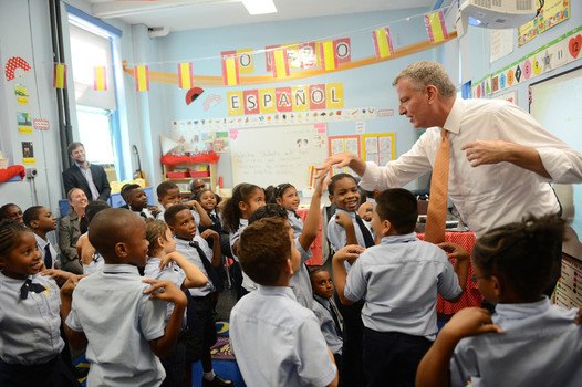 The Mayor visits a charter school