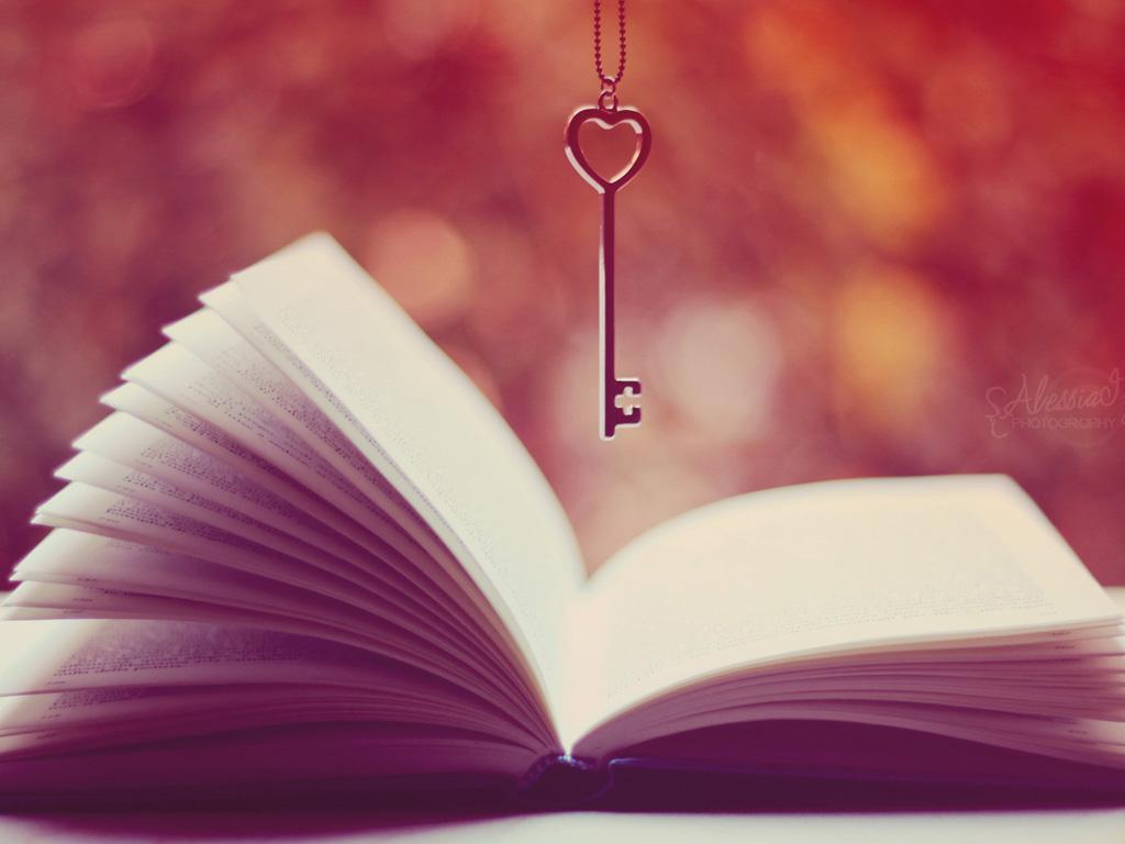 清纯唯美图片唯美书页,爱心锁匙,