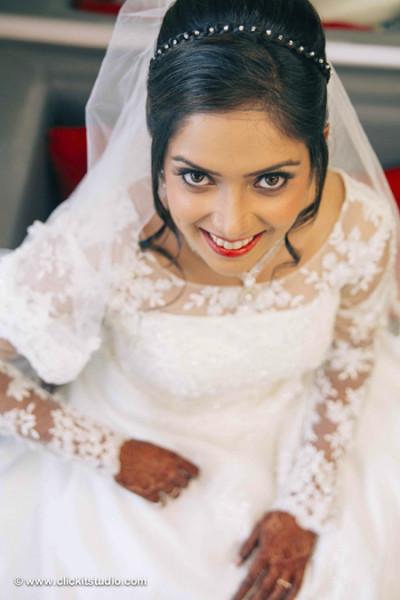 Keith-Trupti-Catholic-Wedding-Ceremony-Mumbai-1