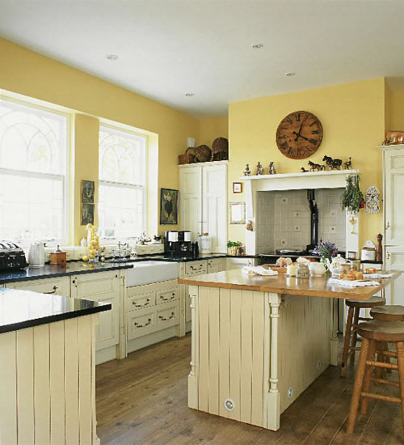 Image of: Small Kitchen Makeovers