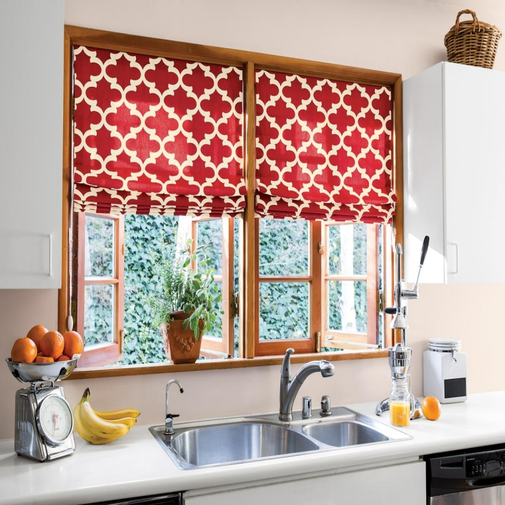 Image of: Red Kitchen Curtains