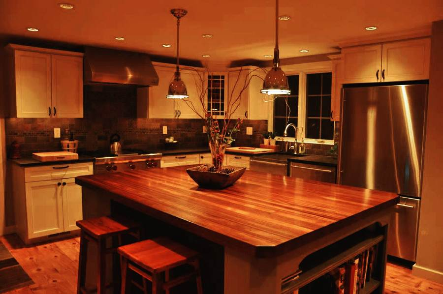 Image of: Butcher Block Kitchen Tables