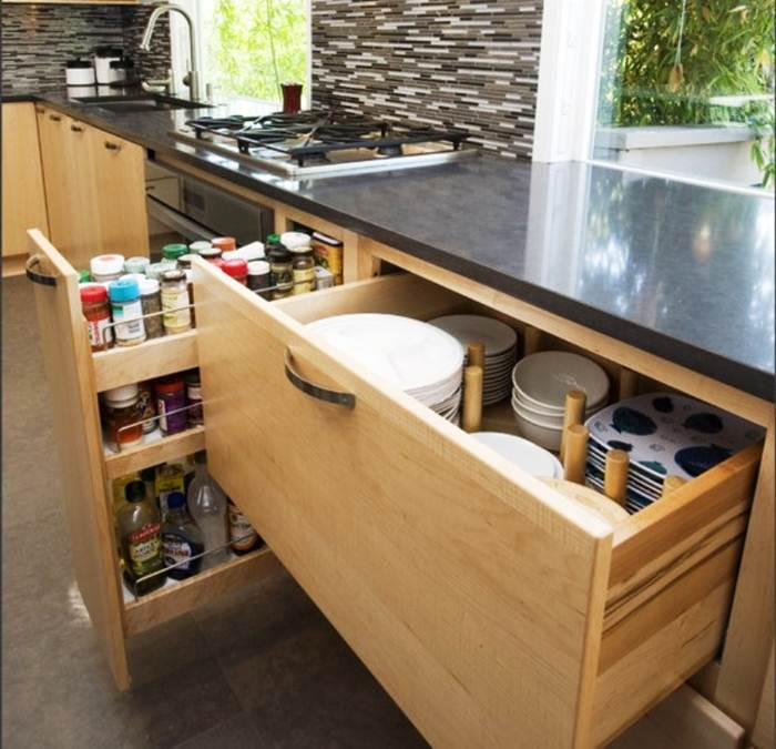 Image of: Kitchen Cabinet Organizers Pull Out