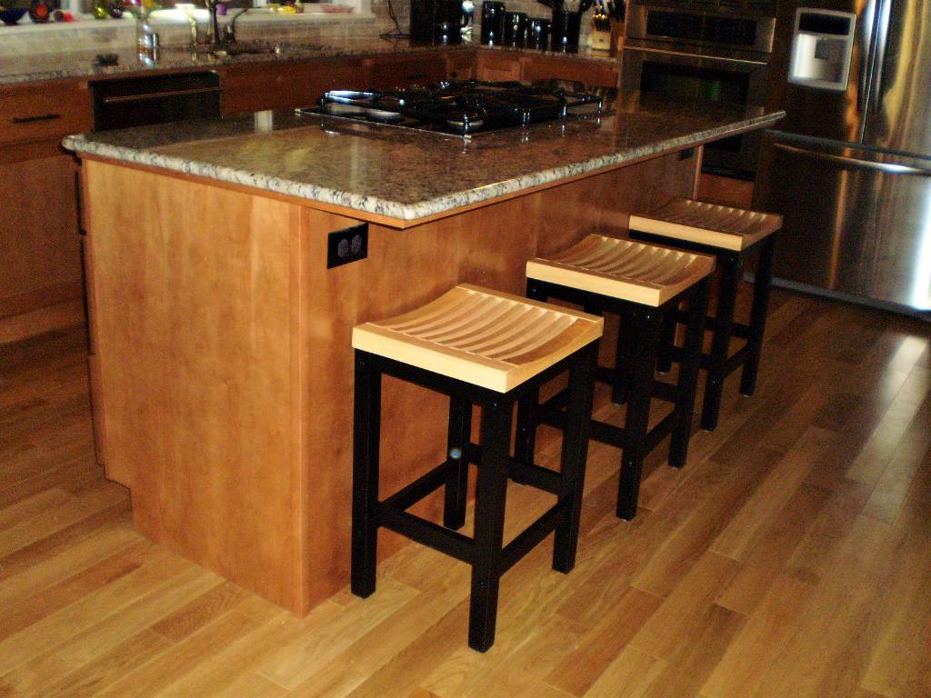 Image of: Kitchen Counter Stools Height