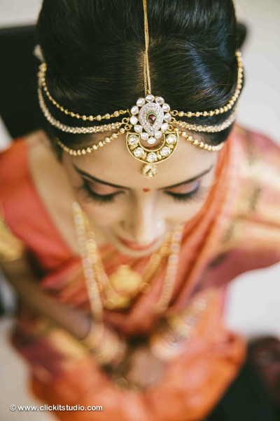 Indian Jewelry Mumbai, Hands Jewelry, Indian Bridal Jewelry Ideas, Indian Wedding, Indian Bride, Henna Tattoo, Henna Tatoo Hands with Indian Bridal Hand Jewelry, bridal fashions,bridal jewelry,Hair & Makeup,Indian wedding makeup,Indian bridal, Indian Wedding Dresses, Beautiful Bride, , Indian Bride, Henna Tattoo, Henna Tattoos in Mumbai Bridal Shoes