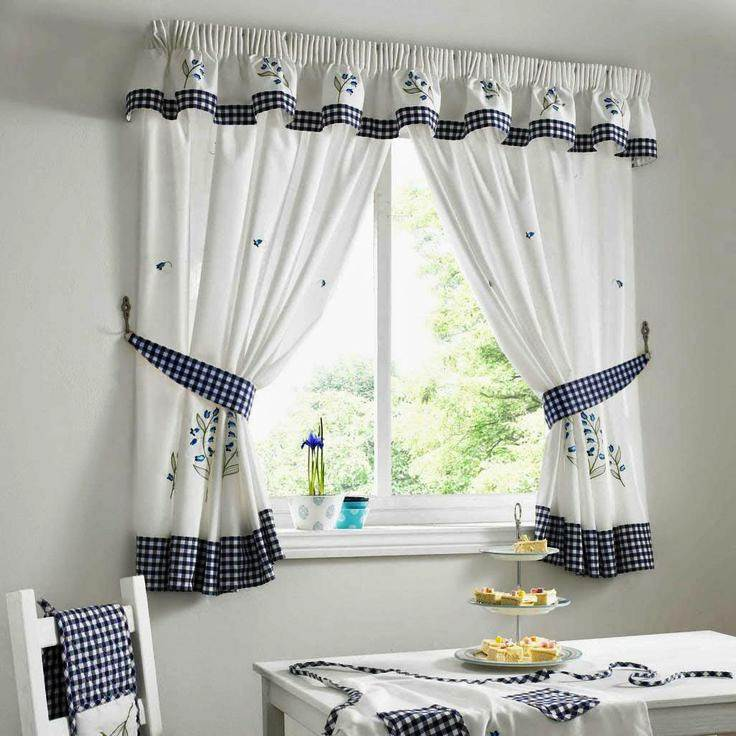 Image of: Valances for Kitchen Window