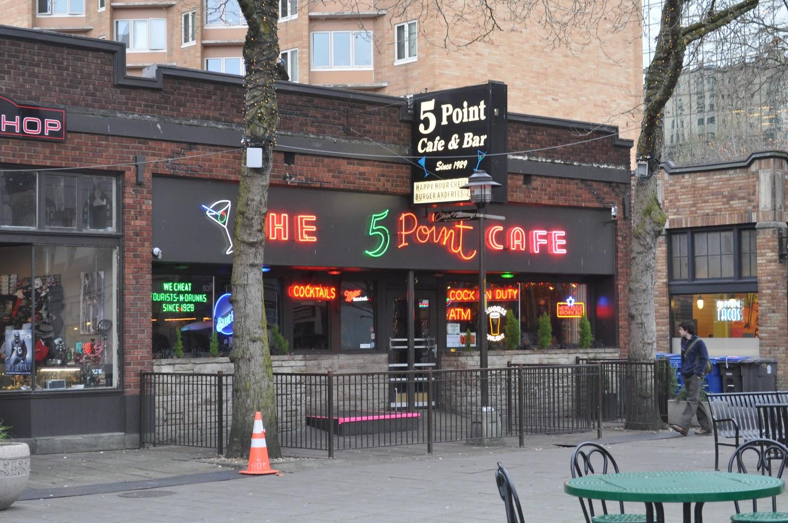 Seattle_-_Five_Point_Cafe_01 (1) 2.jpg