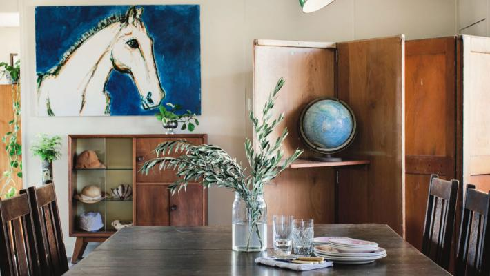 Artist's home on a remote cattle farm in Queensland