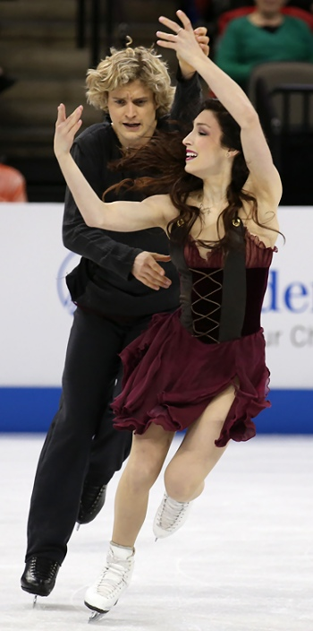 Meryl Davis and Charlie White perform their Free Dance at the 2013 US National Figure Skating Championships.