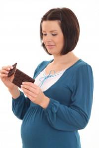 можно ли при беременности шоколад