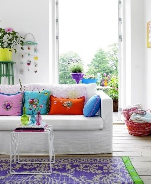 color-blocked throw pillows