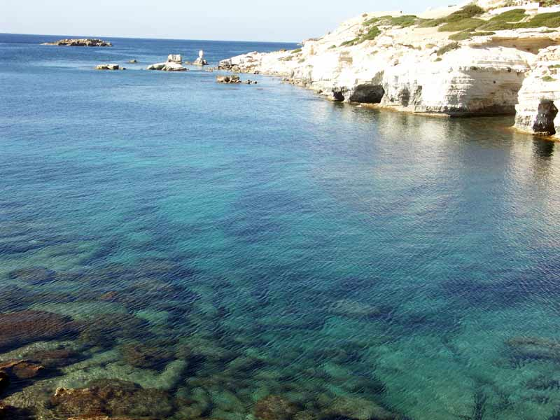 Courtesy: http://www.yourgreekgetaway.co.uk/images/photos/coral-bay-sea-caves-3.jpg