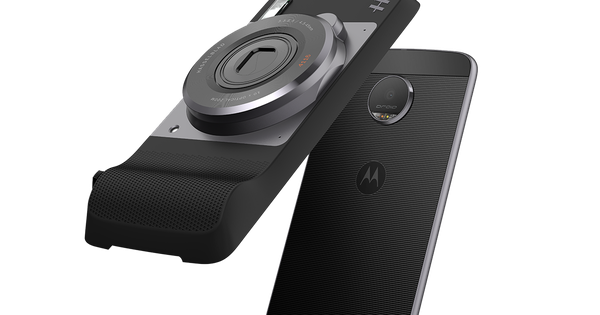 Watch: Lenovo trolls Apple in promotional video for Moto Z, tells users to 'skip the sevens'