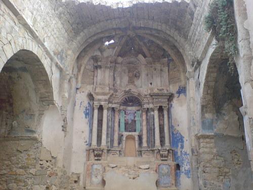 Vista de la iglesia de Aramunt Vell