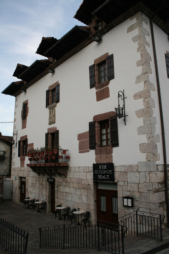 sul - Palacio Beola - Almandoz