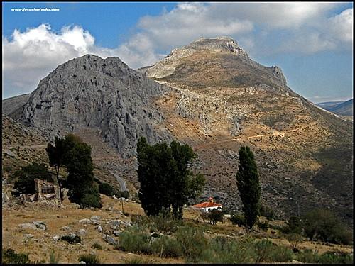 JMF46813_El GR-7 cerca de las Ventas de Zafarraya