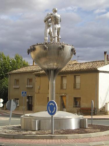 Monumento al viticultor, Andosilla, Navarra