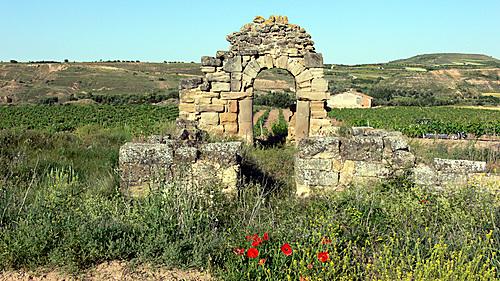 LAGUNILLA DEL JUBERA (La Rioja). 2005. 07. Ermita de Santa María (cerca de Ventas Blancas).