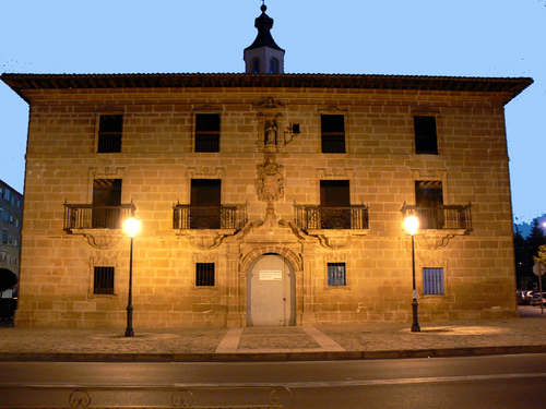 FUENMAYOR (Alto Ebro). La Rioja. 2006. 03. Palacio renacentista (sXVI).